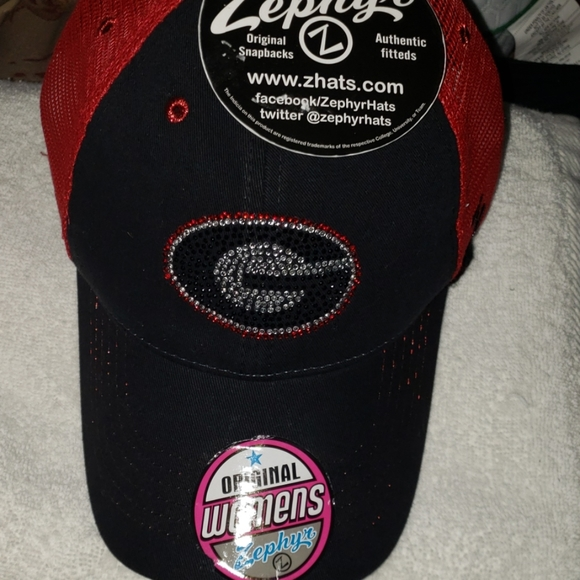 NCAA Zephyr Womens Feisty Performance Hat